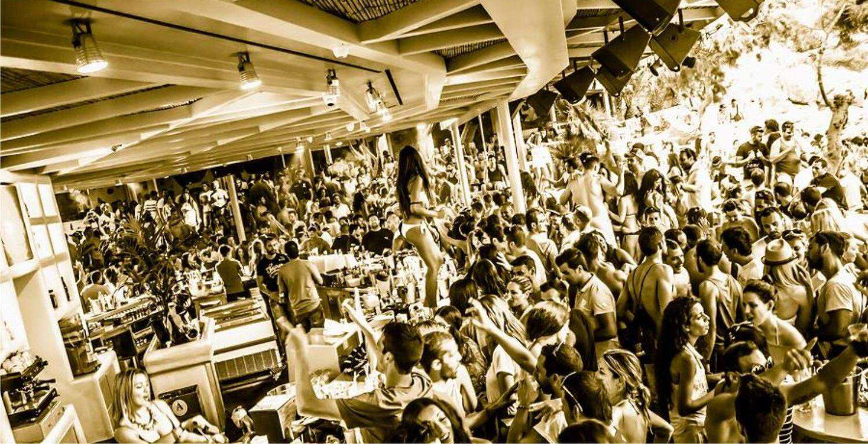 Party Super Paradise Mykonos VIP