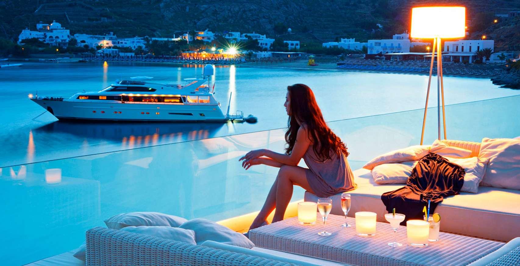 Petasos Beach Mykonos Resort Bar