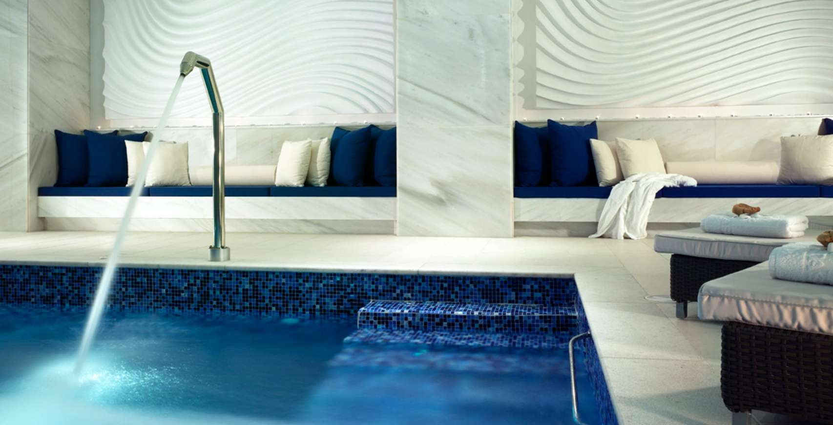 Petasos Beach Mykonos Resort Spa