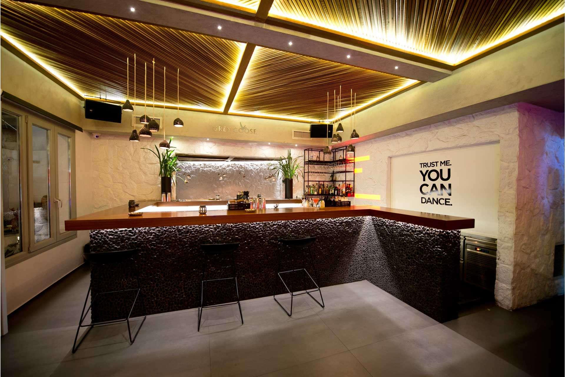 Bonbonniere Club Mykonos Bar