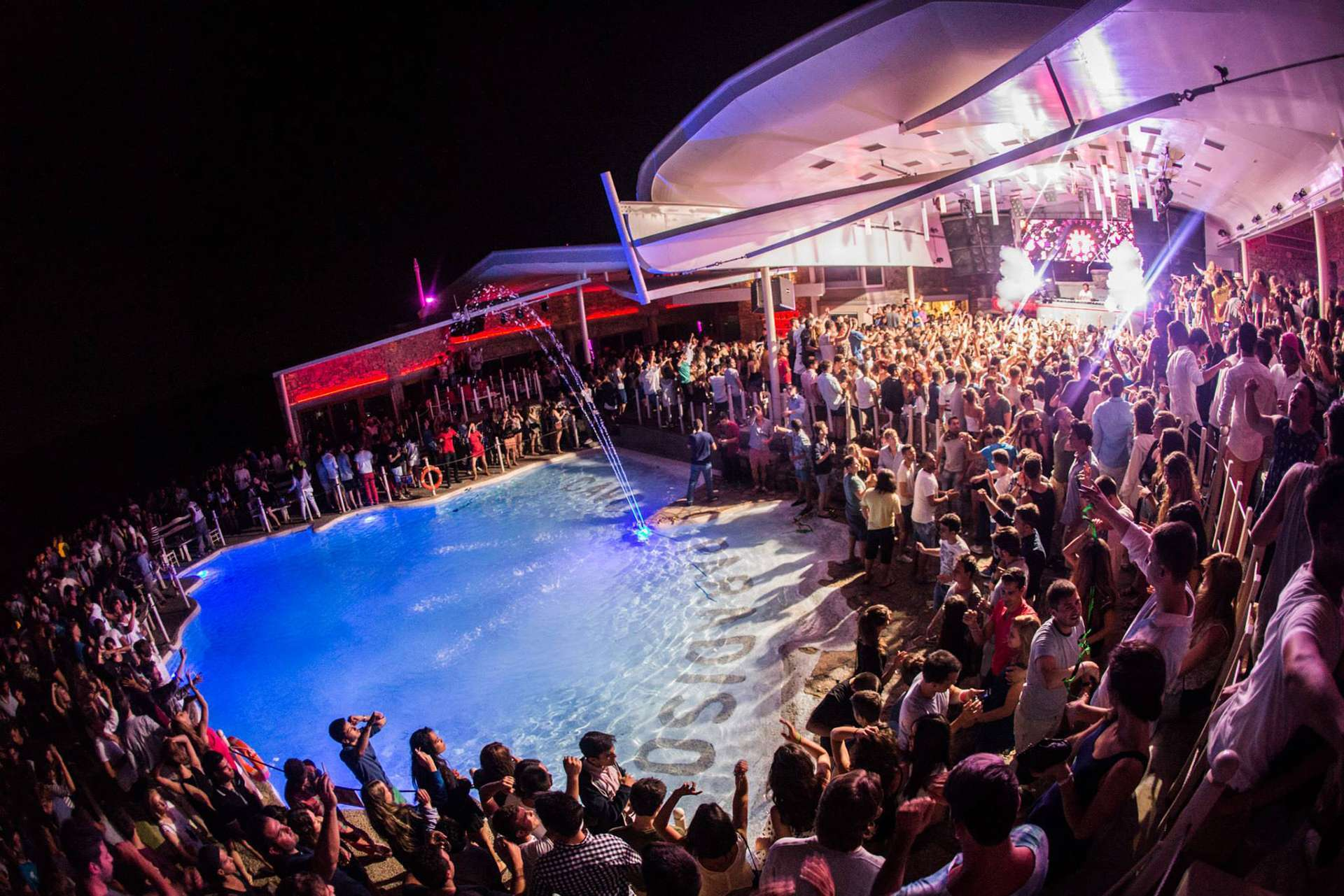 Cavo Paradiso Mykonos Club Party